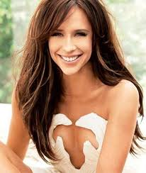 Jennifer Love Hewitt picture